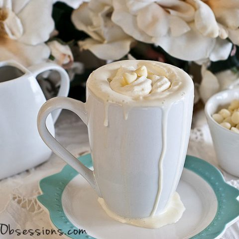 Peppermint White Hot Chocolate Recipe (Dairy Free) // deliciousobsessions.com