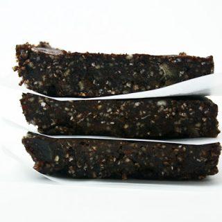 Gluten-Free Chocolate Energy Bars (copycat Lara Bars)