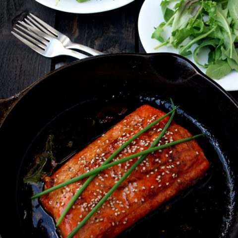 Honey Sesame Seared Salmon Recipe | deliciousobsessions.com
