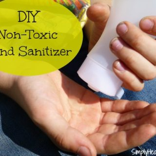 DIY Non-Toxic Hand Sanitizer with Essential Oils // deliciousobsessions.com