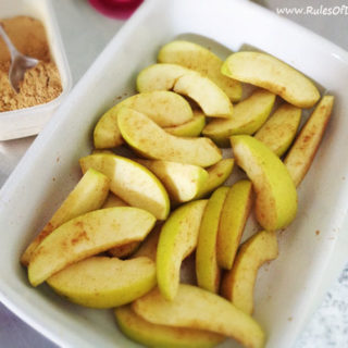 Ginger Baked Apple Wedges :: Gluten, Grain, and Dairy Free, Autoimmune Paleo // deliciousobsessions.com
