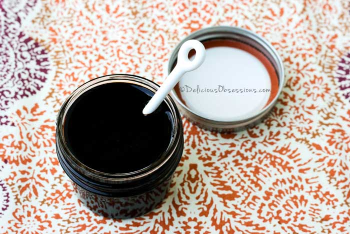 Fruity Balsamic Glaze (+ How to Select a Quality Balsamic Vinegar)