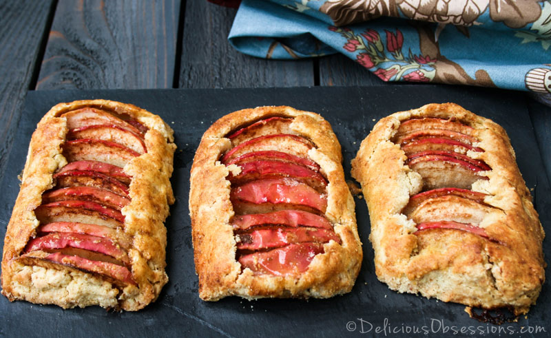 Rustic Apple Tartlets :: #GlutenFree, #GrainFree, #Paleo, #Primal // deliciousobsessions.com