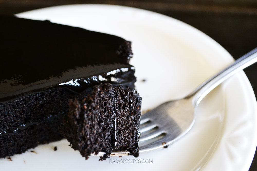 Spiced Dark Chocolate Cake :: Grain-Free, Paleo