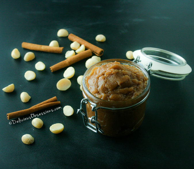 Vanilla Cardamom Macadamia Nut Butter :: #GlutenFree, #DairyFree, #Paleo / #Primal // deliciousobsessions.com
