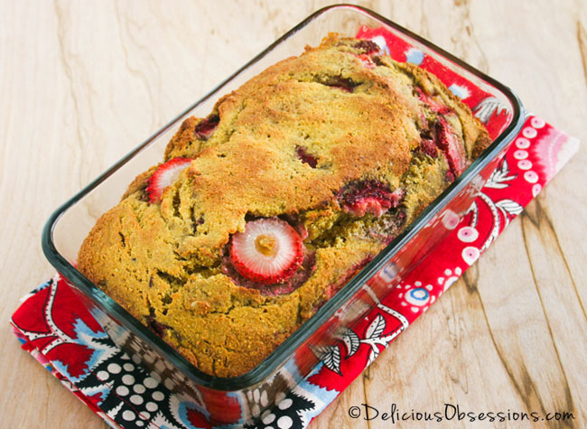 Strawberry Coffee Cake :: Gluten, Grain, Dairy Free, Paleo / Primal {and a book review}