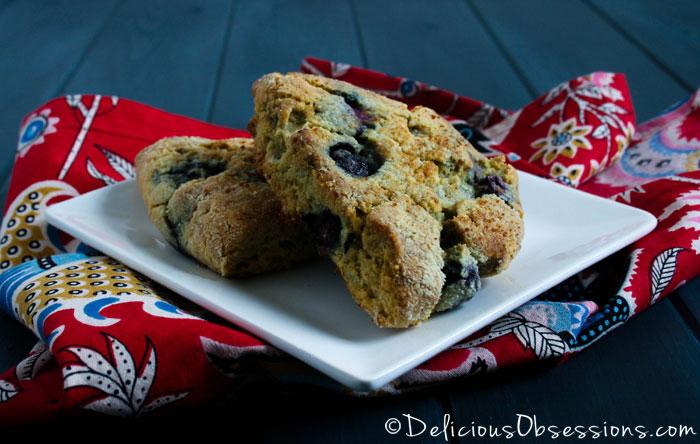Grain-Free Blueberry Lemon Scones :: Dairy-Free Option, Paleo/Primal // deliciousobsessions.com