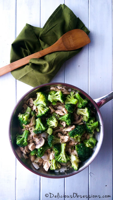 Chicken, Lemon, and Broccoli Stir-Fry from Paleo Meal Planning on a Budget : Gluten-Free, Grain-Free, Dairy-Free, Paleo/Primal // deliciousobsessions.com