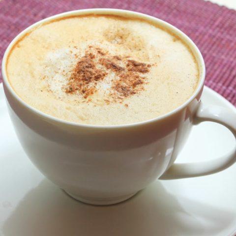 Vanilla Maca Latte :: Gluten-Free, Dairy-Free, Caffeine-Free // deliciousobsessions.com