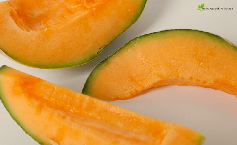Melon Gummies // Delicious Obsessions.com // #paleo #primal #grainfree