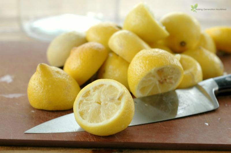 The Simplest, Refreshing Lemon Cleaner