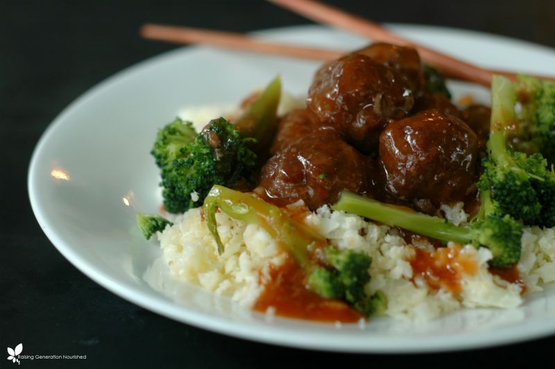Sweet and Sour Asian Meatballs :: Gluten-Free, Grain-Free, Dairy-Free // DeliciousObsessions.com (Paleo, Primal, Grain Free)