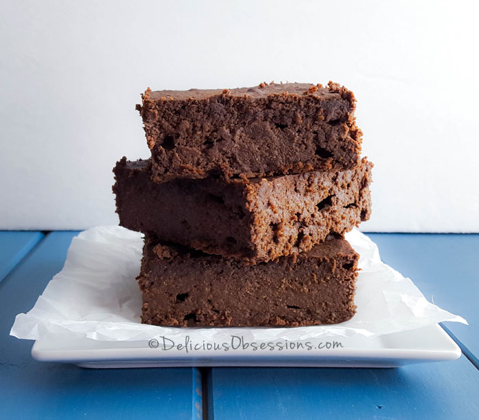 High-Protein Superfood Breakfast Brownies :: Gluten-Free, Dairy-Free // deliciousobsessions.com