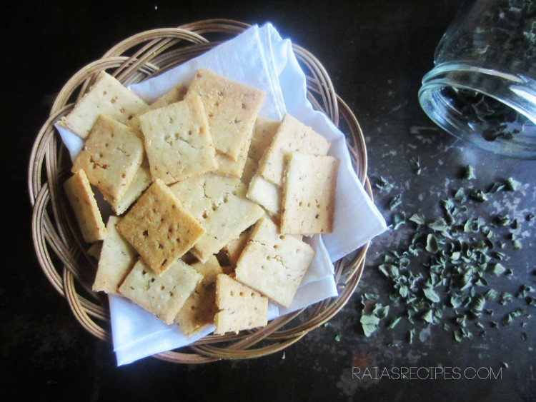 75+ Healthy Appetizers :: Paleo, Primal, Gluten-Free, Grain-Free, Dairy-Free // deliciousobsessions.com