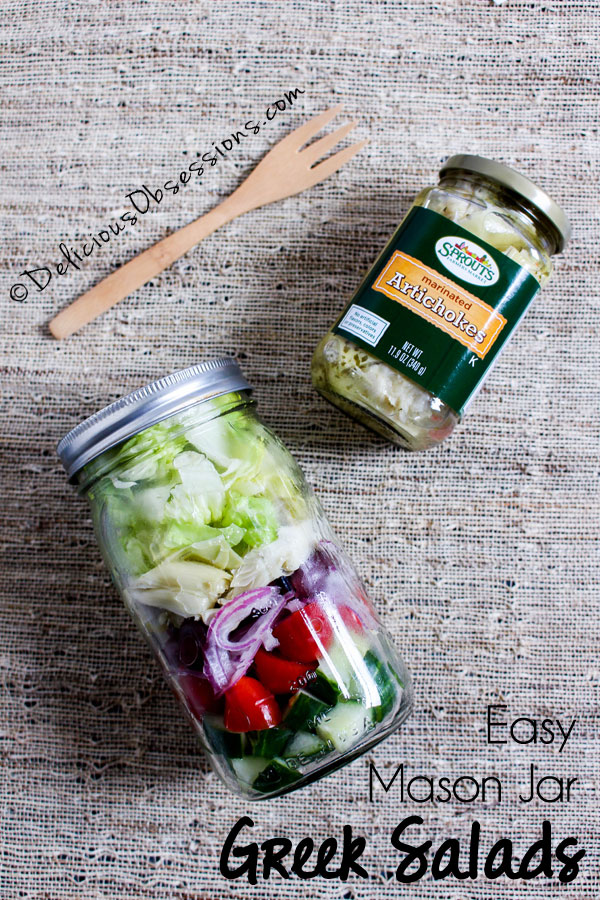 Easy Mason Jar Greek Salad Recipe :: Gluten-Free, Grain-Free, Dairy-Free // deliciousobsessions.com
