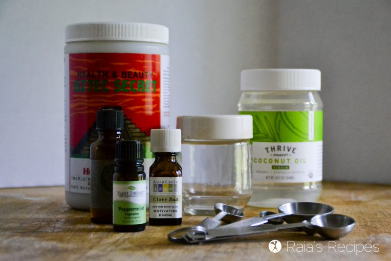 Looking for an affordable, non-toxic way to brush your teeth? Give this easy, DIY, Non-Toxic Toothpaste a try! DeliciousObsessions.com