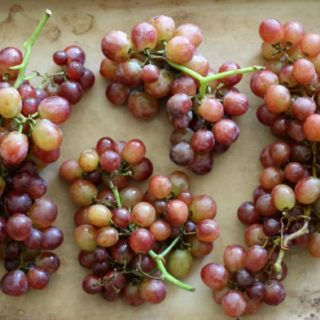 Roasted Grapes (Paleo, Gluten-Free, Real Food) // deliciousobsessions.com