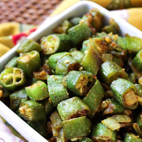 Mama's Bhindi Okra :: Gluten-Free, Grain-Free, Dairy-Free // deliciousobsessions.com