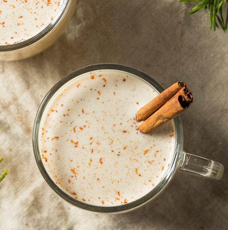 Easy Dairy-Free Eggnog :: Gluten-Free, Grain-Free, Refined Sugar-Free // deliciousobsessions.com