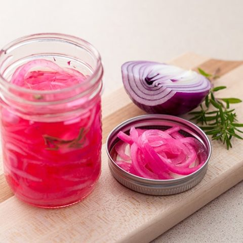 Quick Pickled Red Onions :: Gluten-Free, Grain-Free, Dairy-Free, Refined Sugar-Free // deliciousobsessions.com